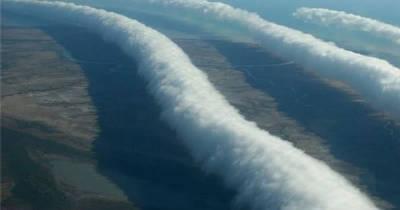 σύννεφα γύρω μας